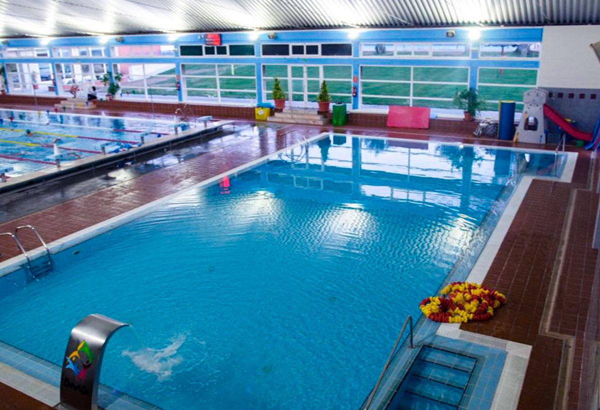 piscina climatizada donbenito
